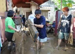 Tragedia nelle Filippine: gi� 521 vittime