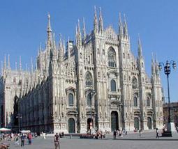 Milano in veste primaverile nel weekend