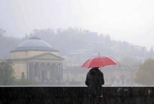 METEO TORINO: MALTEMPO IN ARRIVO, piogge anche intense, NEVE SULLE ALPI