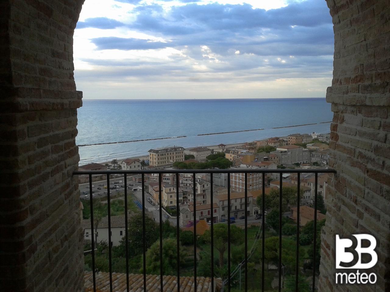 La terrazza grottammare 28 images emejing grottammare le terrazze gallery idee arredamento - Gemelli diversi mary testo ...