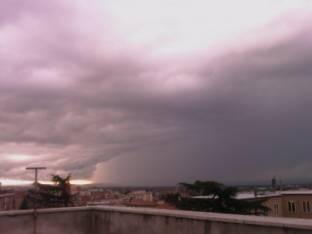Meteo Viterbo: piogge domenica, bel tempo lunedì, discreto martedì