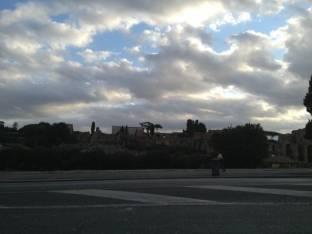 Meteo Roma: discreto venerdì, molte nubi nel weekend