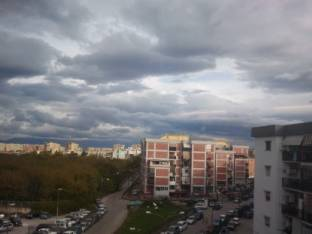 Meteo Napoli: molte nubi martedì, discreto mercoledì, bel tempo giovedì