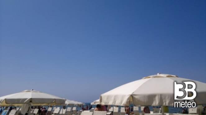 Sole a marina di grosseto foto gallery 3b meteo - Bagno sardegna marina di pisa ...