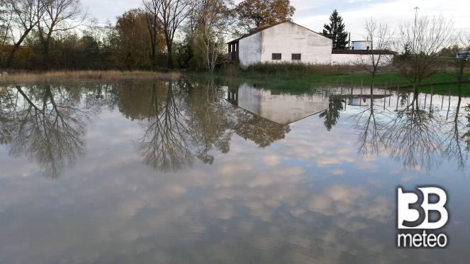 Specchio d 39 acqua foto gallery 3b meteo for Specchio d acqua architettura