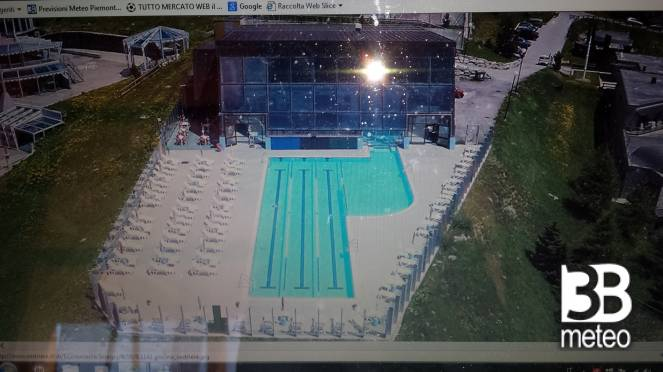 La piscina comunale foto gallery 3b meteo for Piscina comunale asti