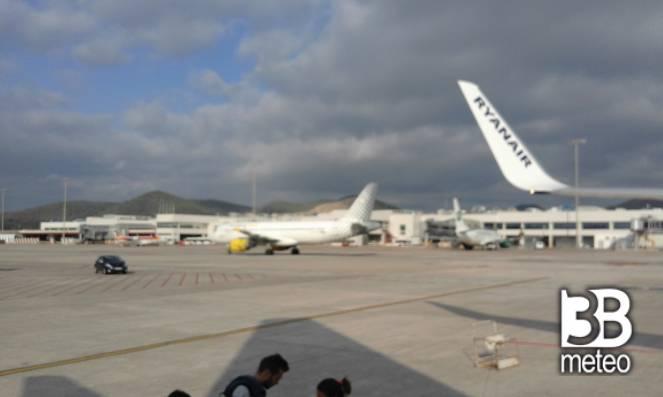 Aeroporto Ibiza : Aeroporto di ibiza foto gallery « b meteo