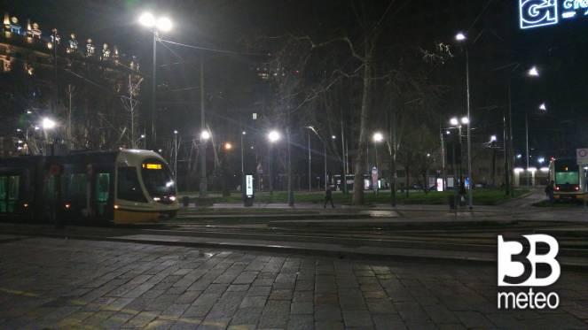 Piazza iv novembre foto gallery 3b meteo for Arredare milano piazza iv novembre