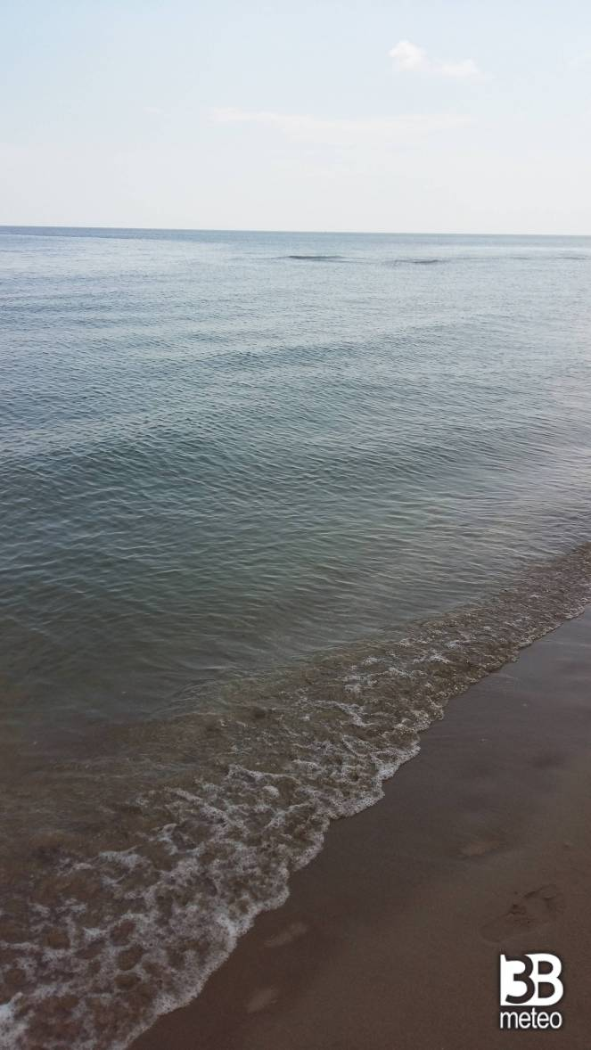 Spiaggia foto gallery 3b meteo - Bagno sol levante lido degli estensi ...