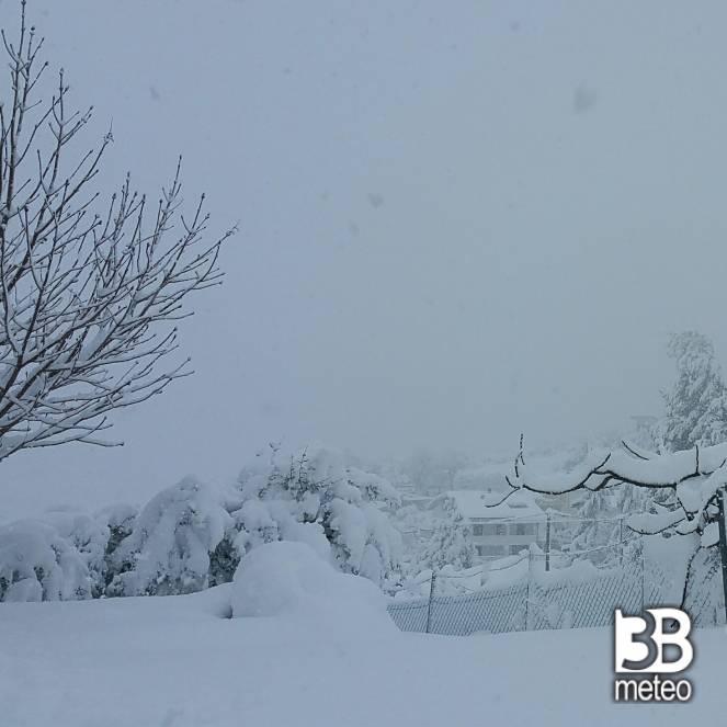 neve alla periferia di Chieti 60 cm