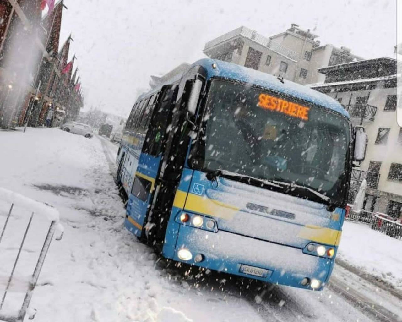 Abbondante nevicata anche a Sestriere