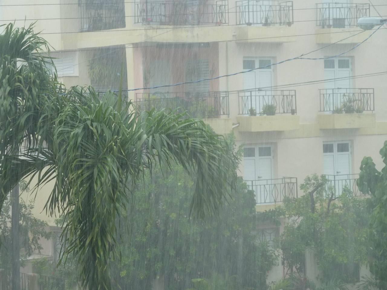 METEO, MALTEMPO su Molise e Puglia: in atto piogge ingenti. Le previsioni