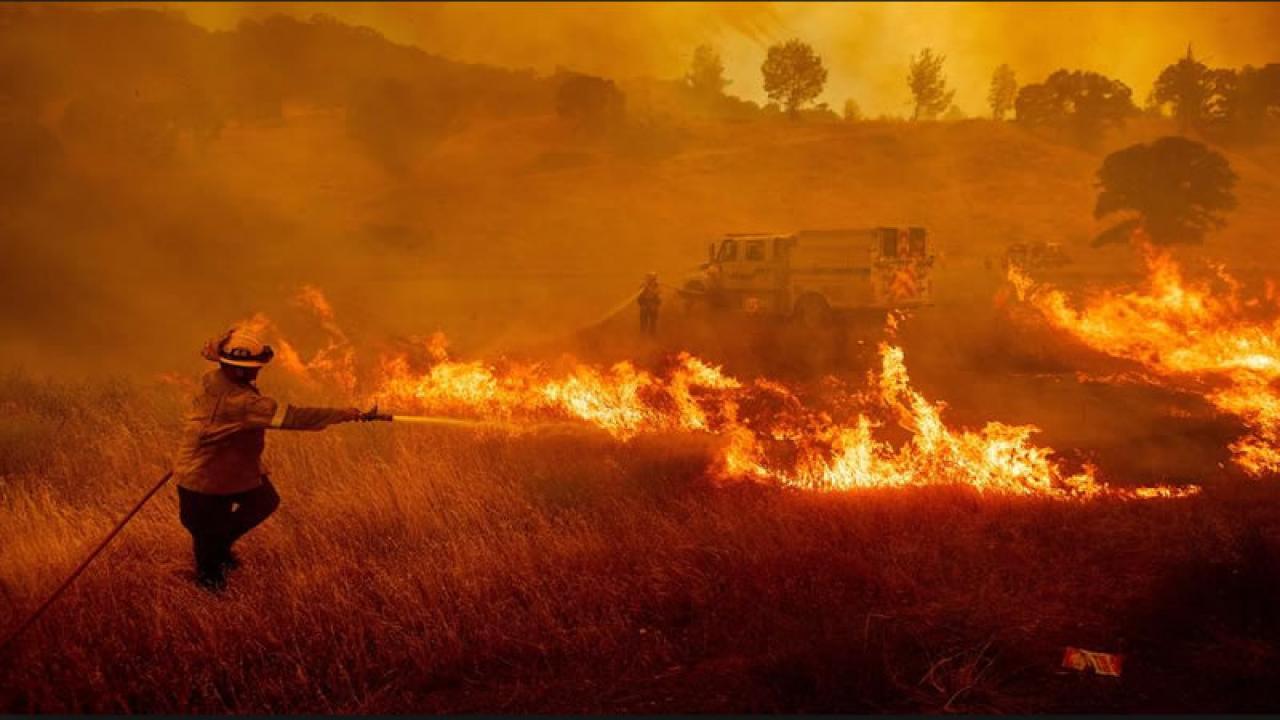 Meteo. Caldo eccezionale in California. Numerosi incendi