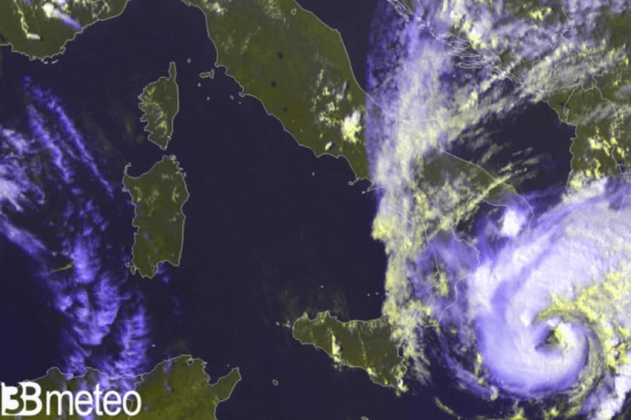 ciclone a ridosso della Grecia