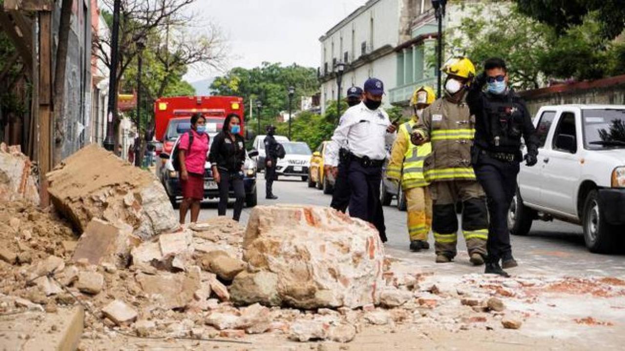 Crolli e frane in Messico dopo il violento terremoto di martedì scorso