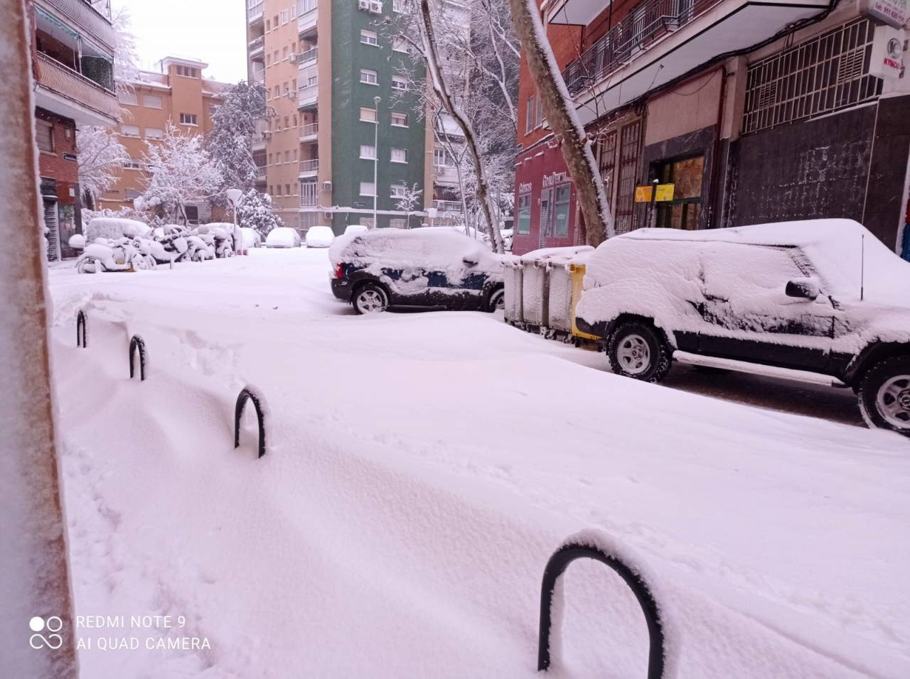 Forte nevicata in corso a Madrid