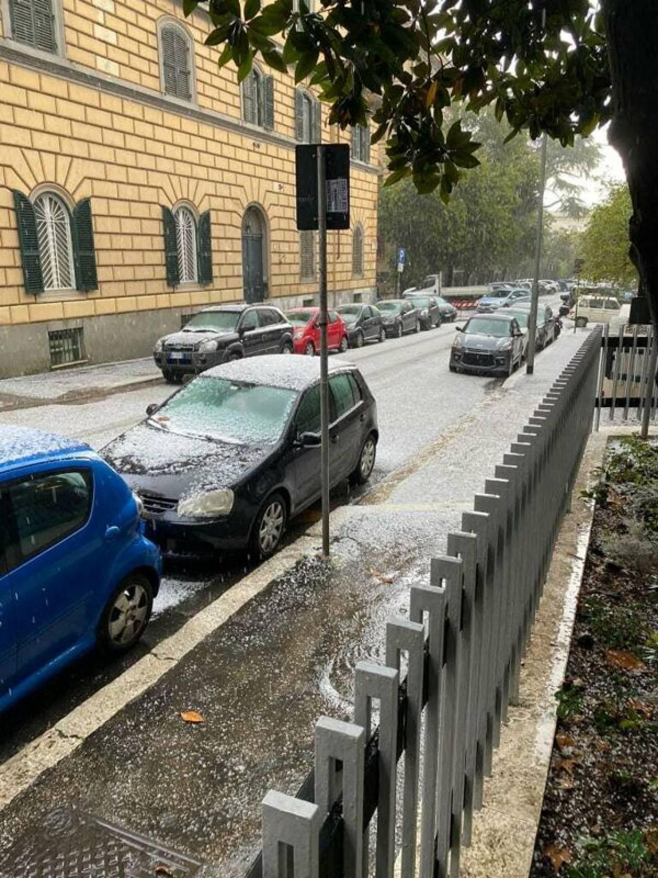 Forte temporale con grandine a Roma (Fonte: Roma Today)