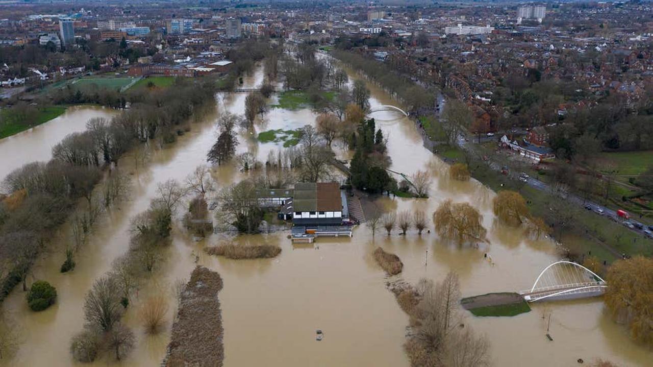Forti piogge alluvionali nel Regno Unito (foto di Dan Kitwood/Getty Images