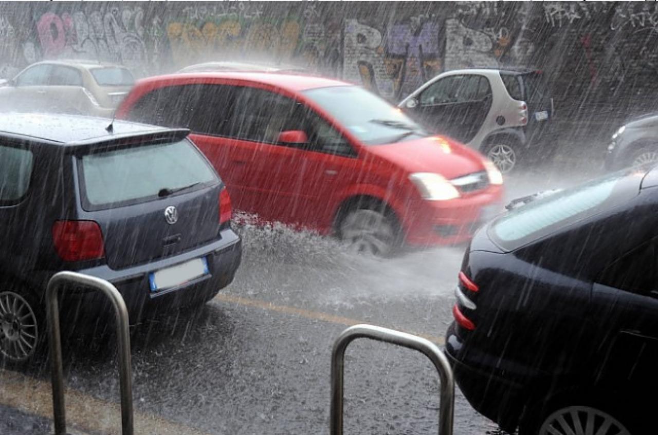 forti temporali al Nordovest e sulla Toscana