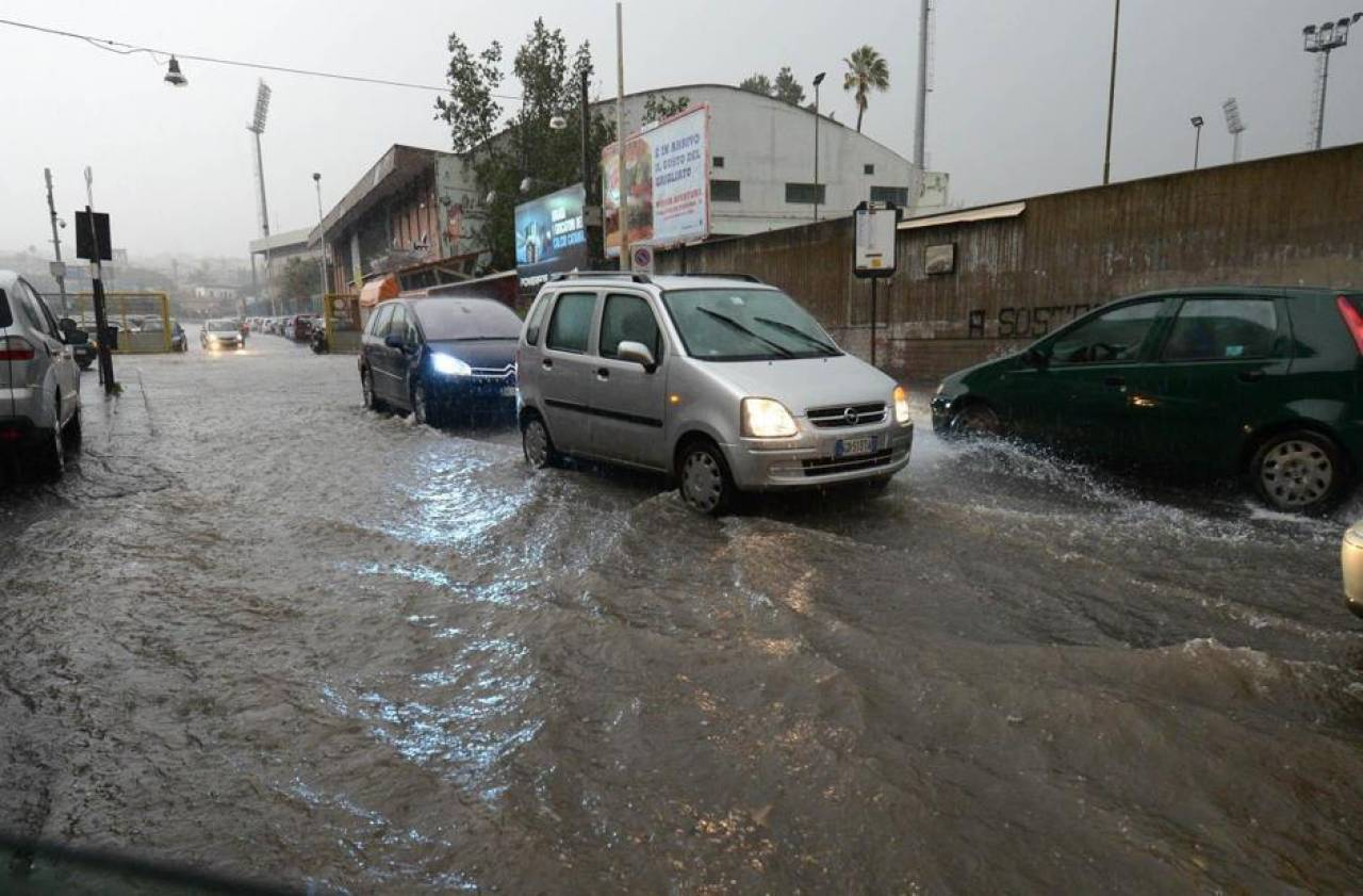 Forti temporali tra Sicilia e Calabria alluvione lampo su messinese e reggino