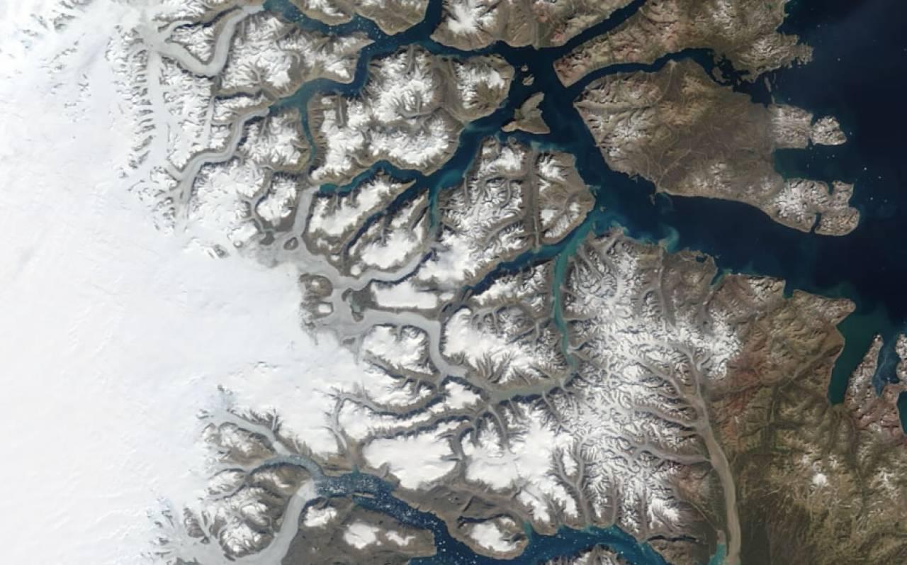 Groenlandia, scioglimento record, in un solo giorno perse 22 miliardi di tonnellate di ghiaccio