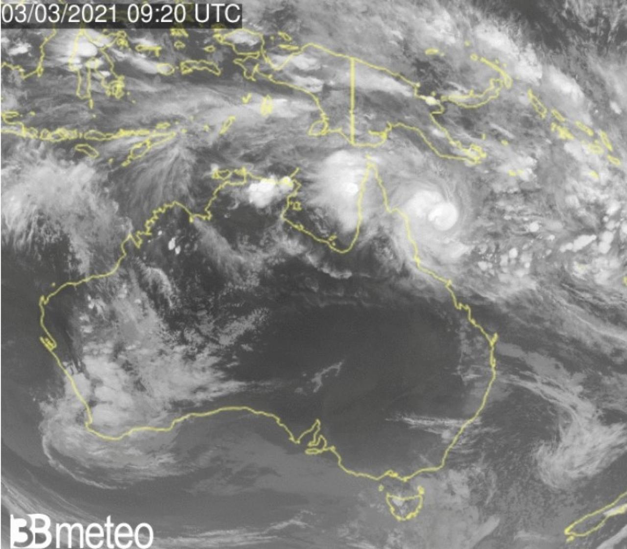 Il ciclone tropicale Niran visto dal satellite, a nordest dell'Australia