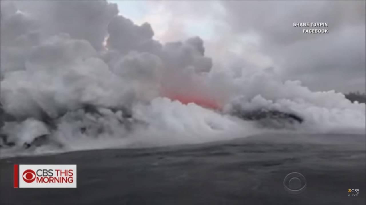 Hawaii - Kilauea, ora a far paura non è solo la lava ma anche la nube tossica. Video