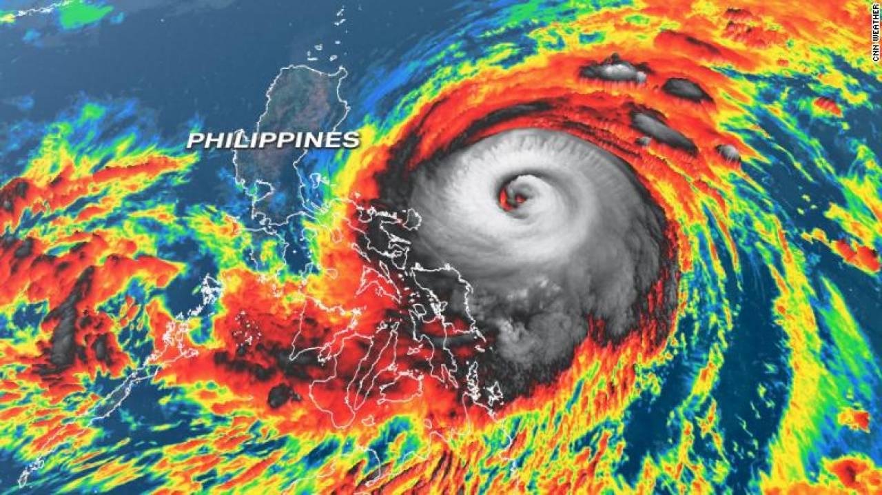 Il super tifone Surigae visto dal satellite (Fonte: CNN)