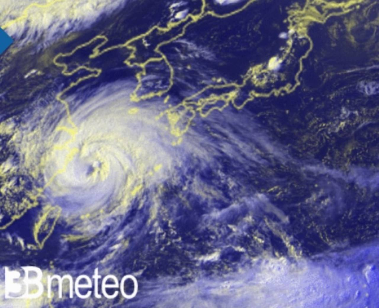 Il tifone In-Fa visto dal satellite