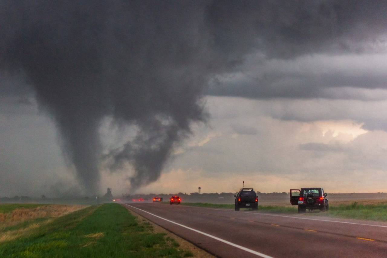 Il tornado lunedì a Selden (Fonte: Jeff Boyce via twitter)