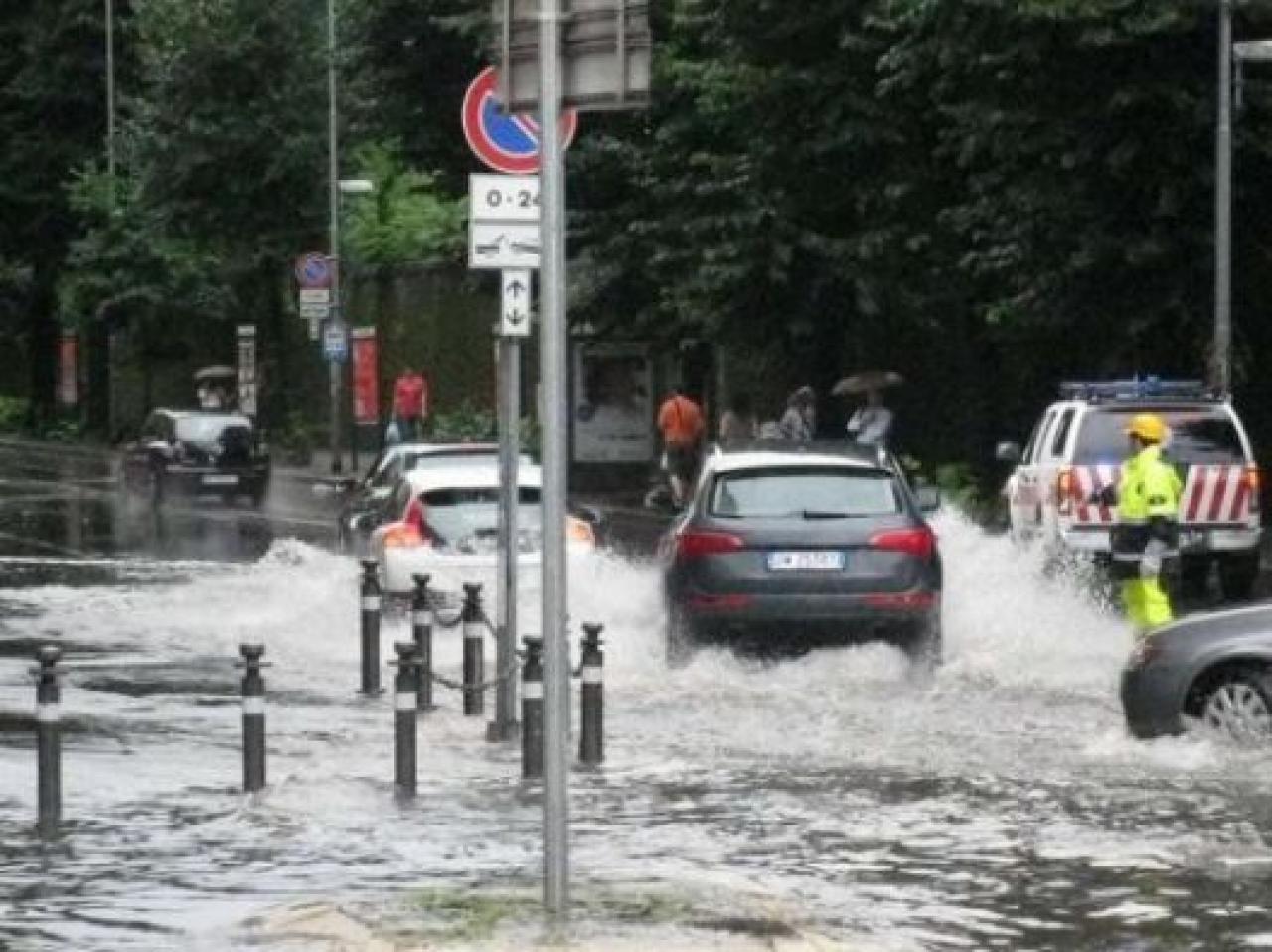 CRONACA METEO. Ancora piogge battenti su parte d'Italia, criticità in Sardegna. Prossime ore