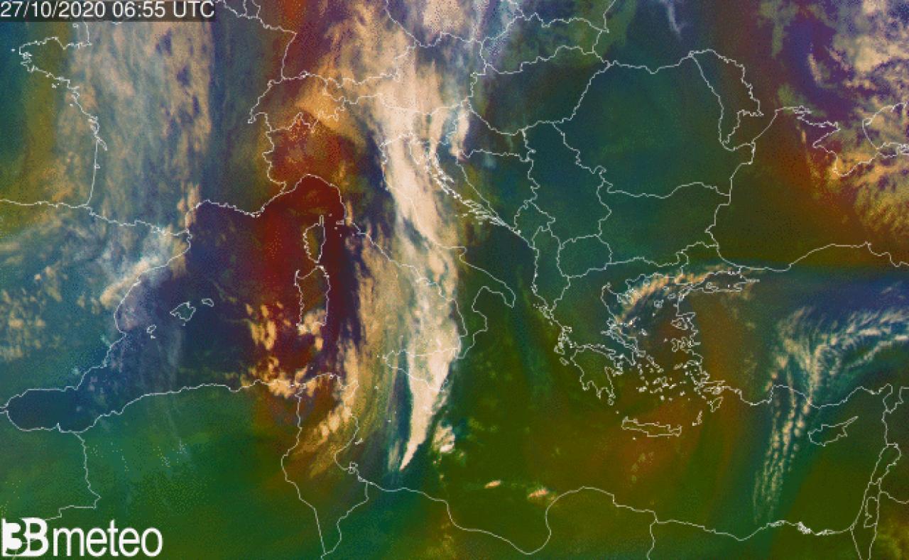Immagine satellitare della perturbazione in atto