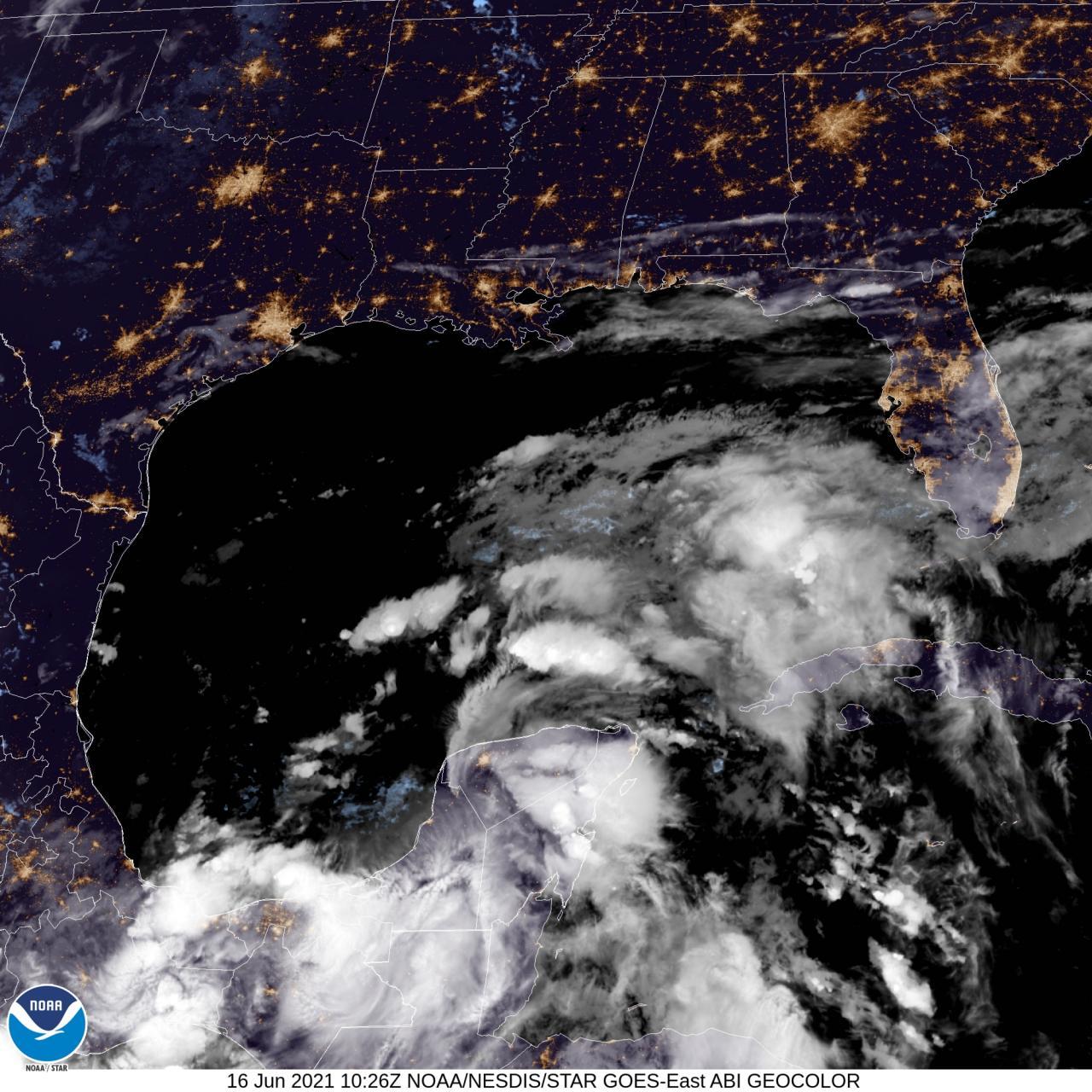 Immagine satellite mercoledì Golfo del Messico (Fonte: NOAA)