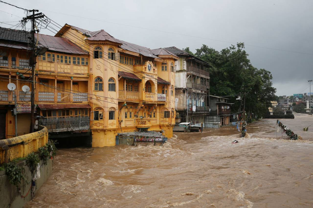 India: alluvioni e vittime per le piogge monsoniche