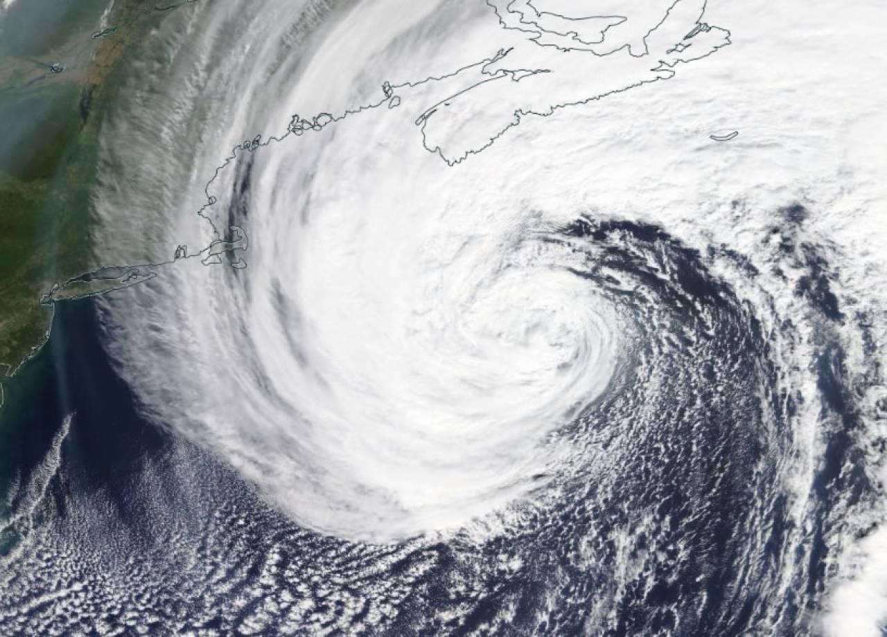 METEO: ex URAGANO TEDDY , LANDFALL sulla NUOVA SCOZIA, venti fino a 120km/h.