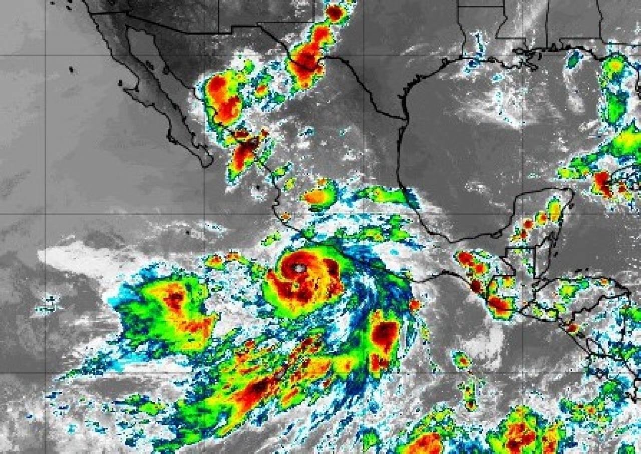 L'uragano Enrique