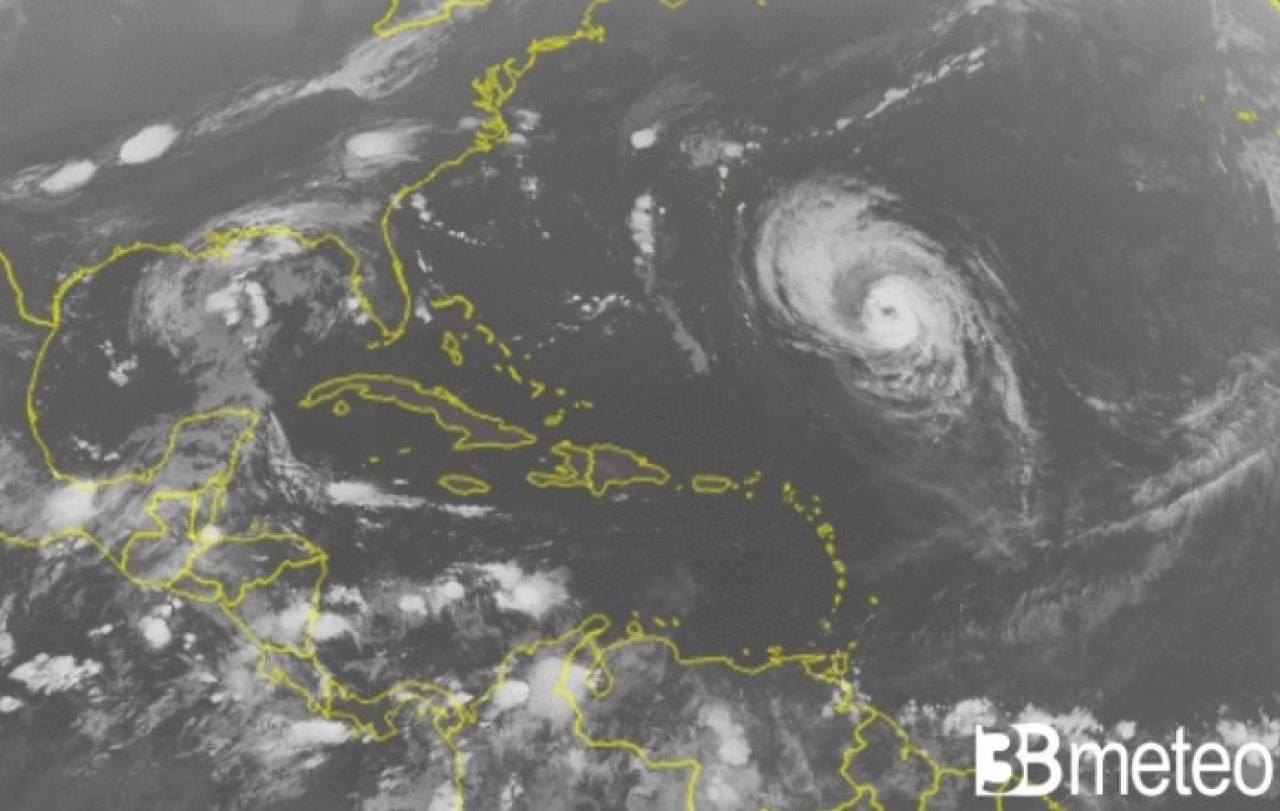 L'uragano Larry nell'Oceano Atlantico