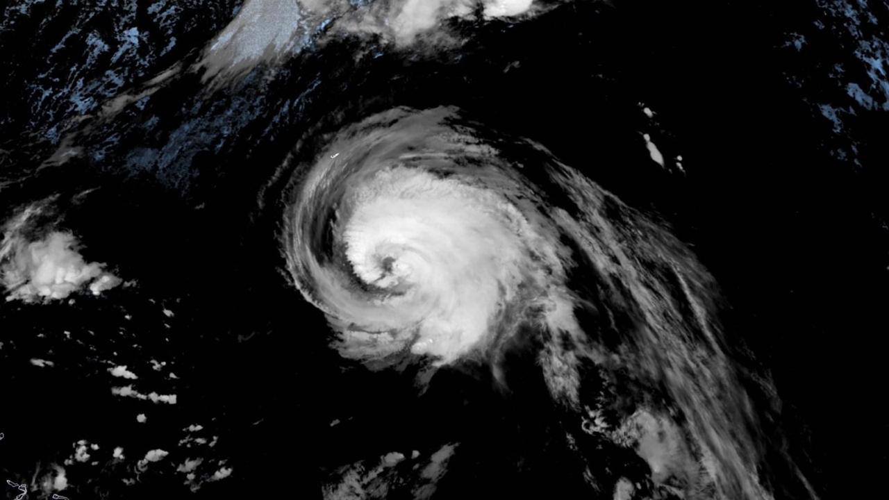 L'uragano Teddy visto dal satellite