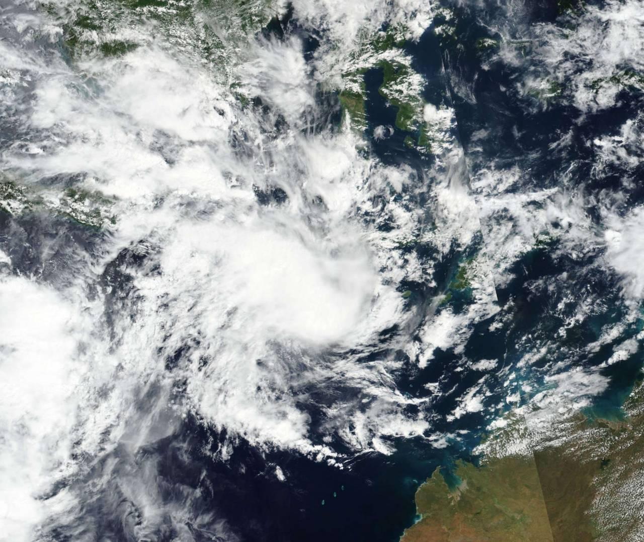 La tempesta Seroja vista dal satellite