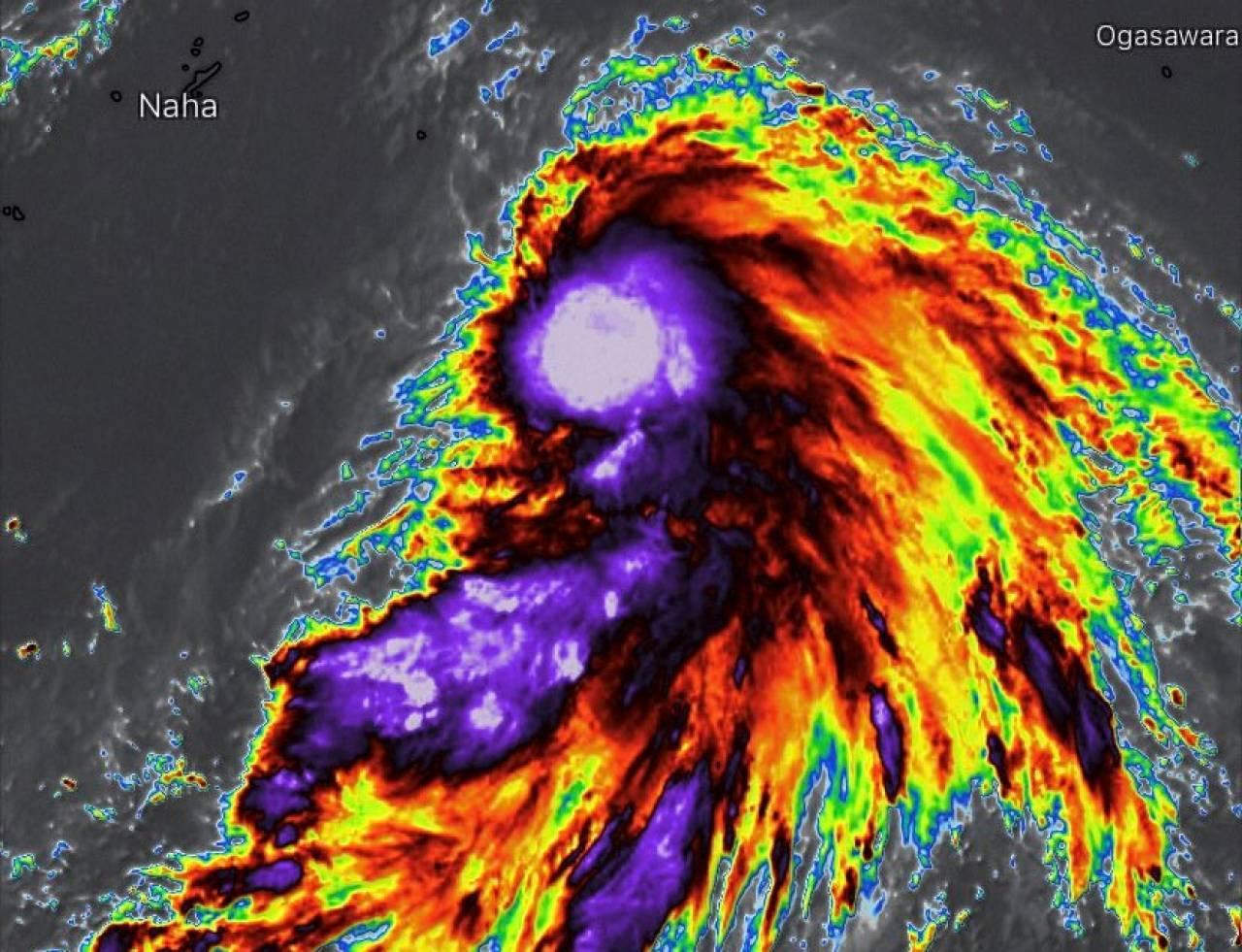 La tempesta tropicale In-Fa