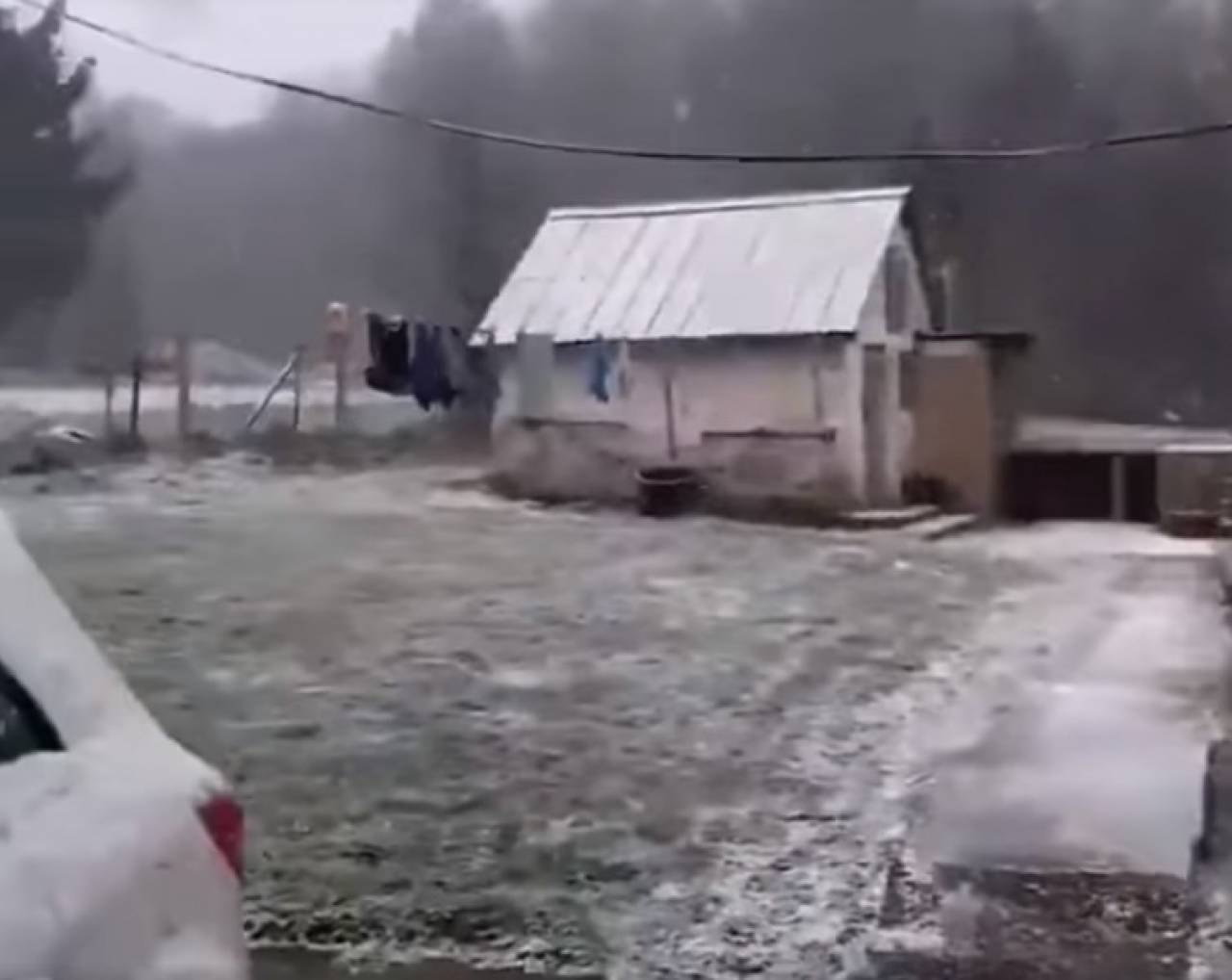 METEO > Gelo e NEVE in Lussemburgo. Una domenica invernale [VIDEO]