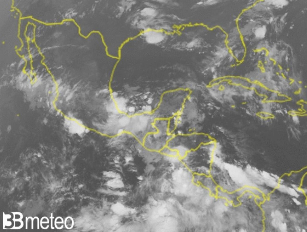 Meteo. Situazione satellite tra Atlantico e Golfo del Messico
