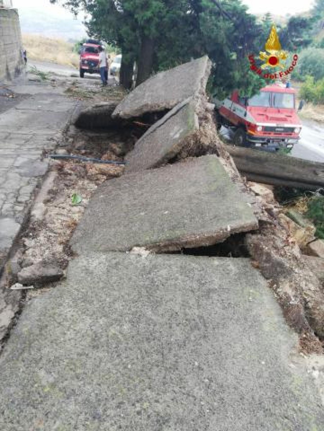 Molti danni in Sicilia nel Catanese per nubifragi e venti forti (fonte foto lasicilia.it)