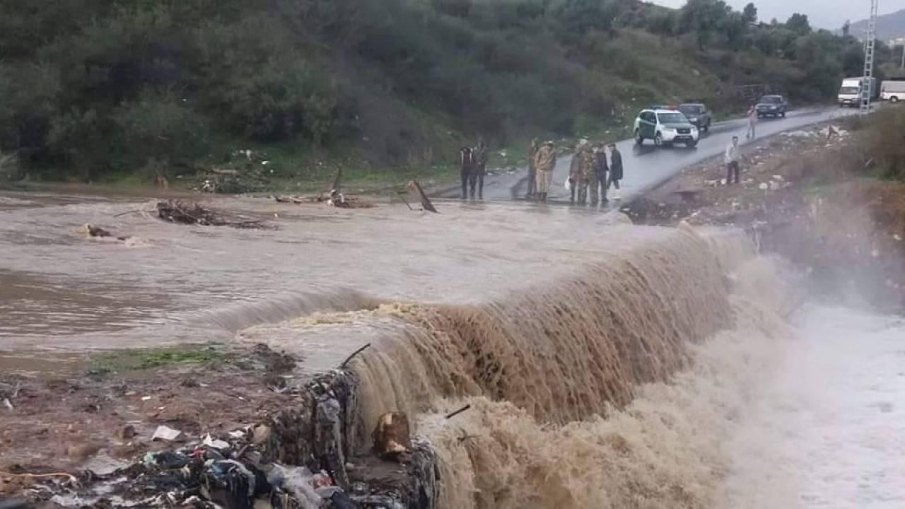 METEO: ALLUVIONE tra MAROCCO e ALGERIA un DISASTRO, almeno 6 vittime. Foto e video