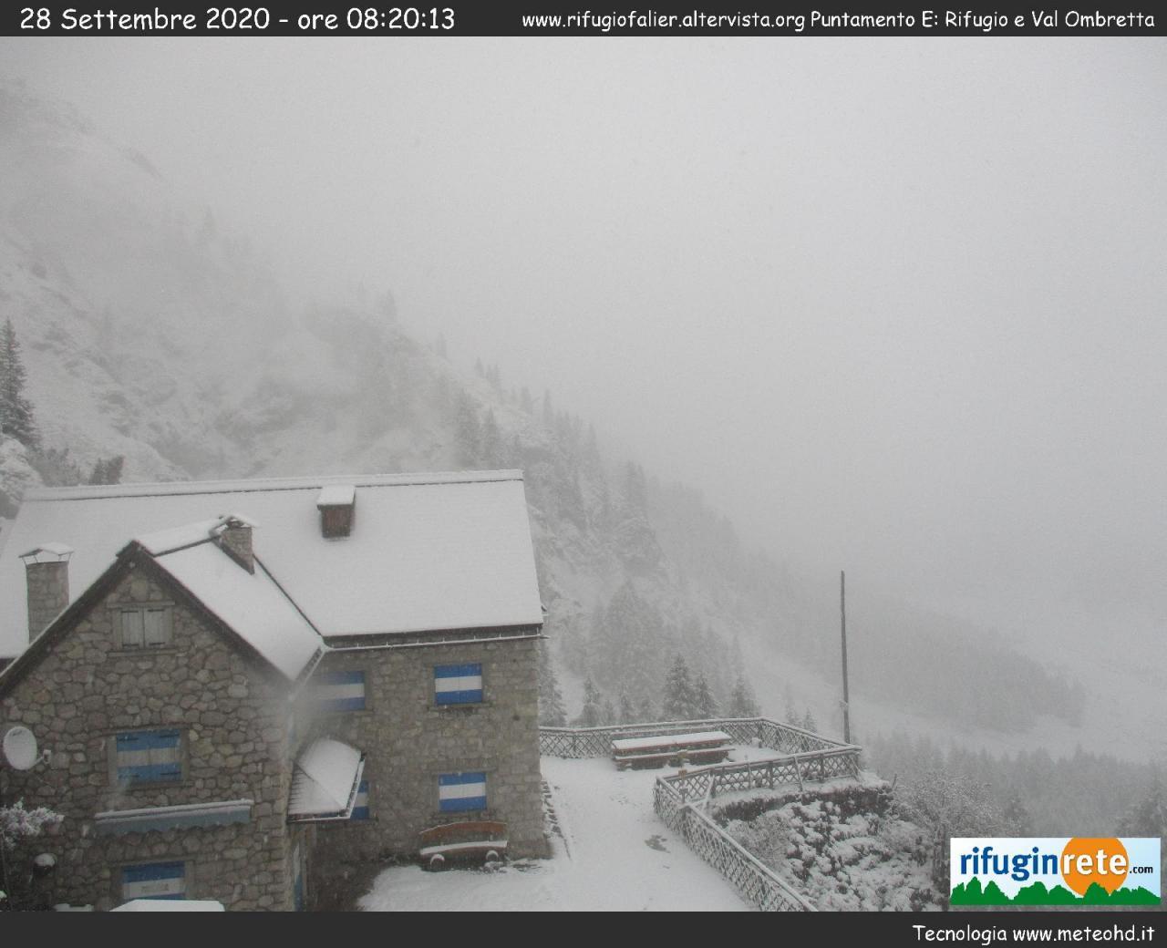 Neve al rifugio Rocca Pietore, Dolomiti bellunesi