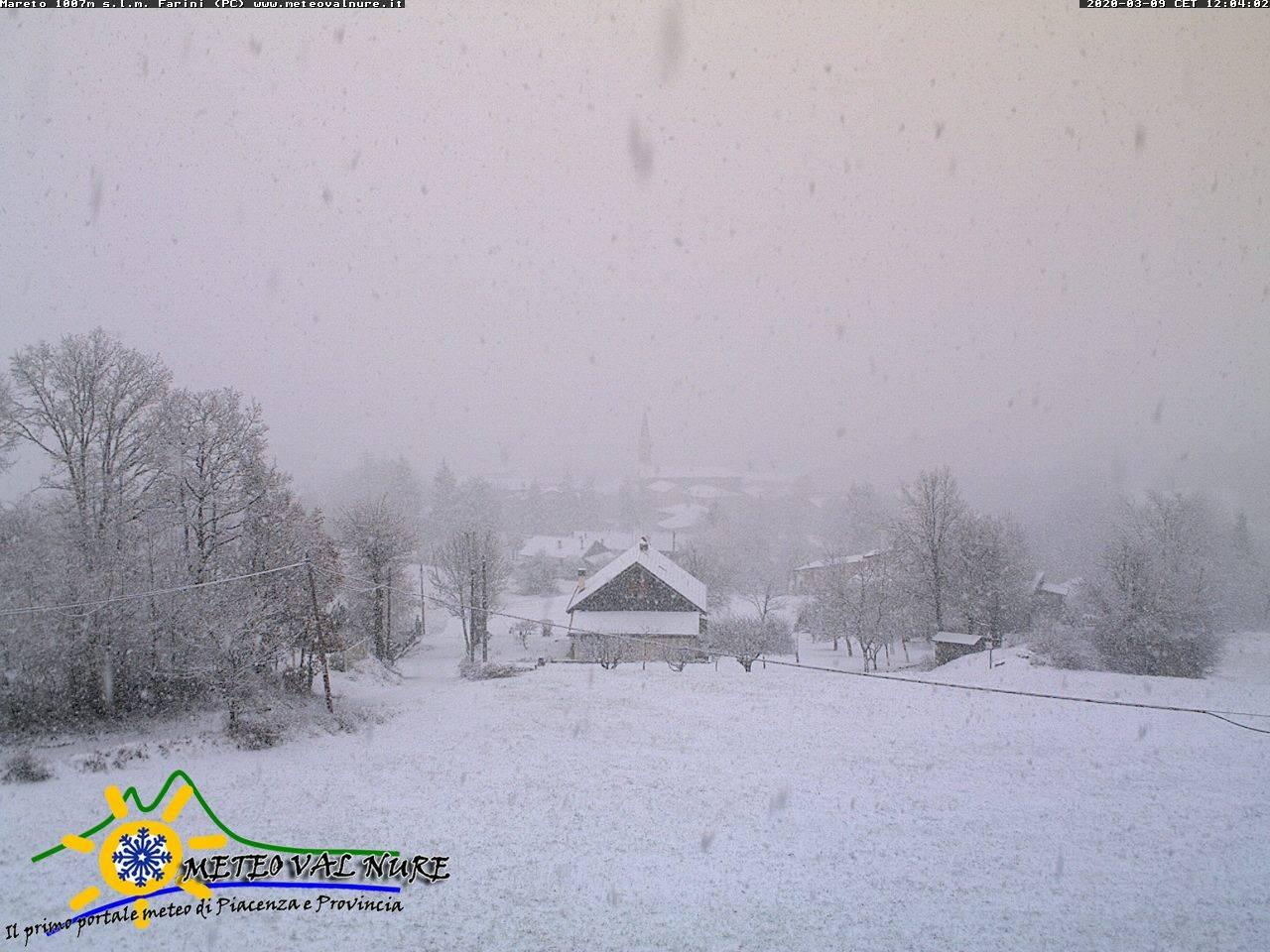 Neve sull'Appennino Piacentino anche sotto i 1000m