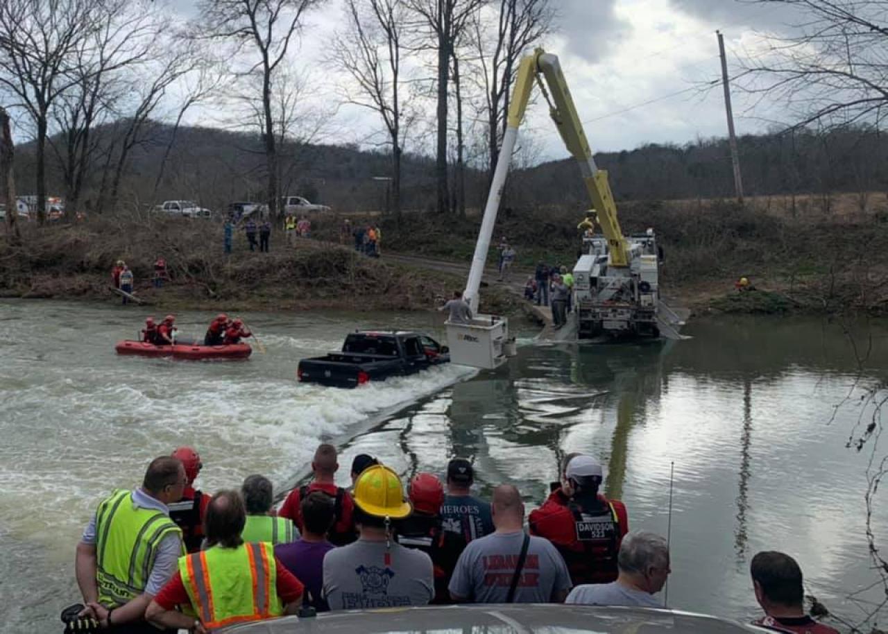 Operazioni di soccorso nel Tennessee (Fonte immagine: DeKalb County Fire Department via Facebook)