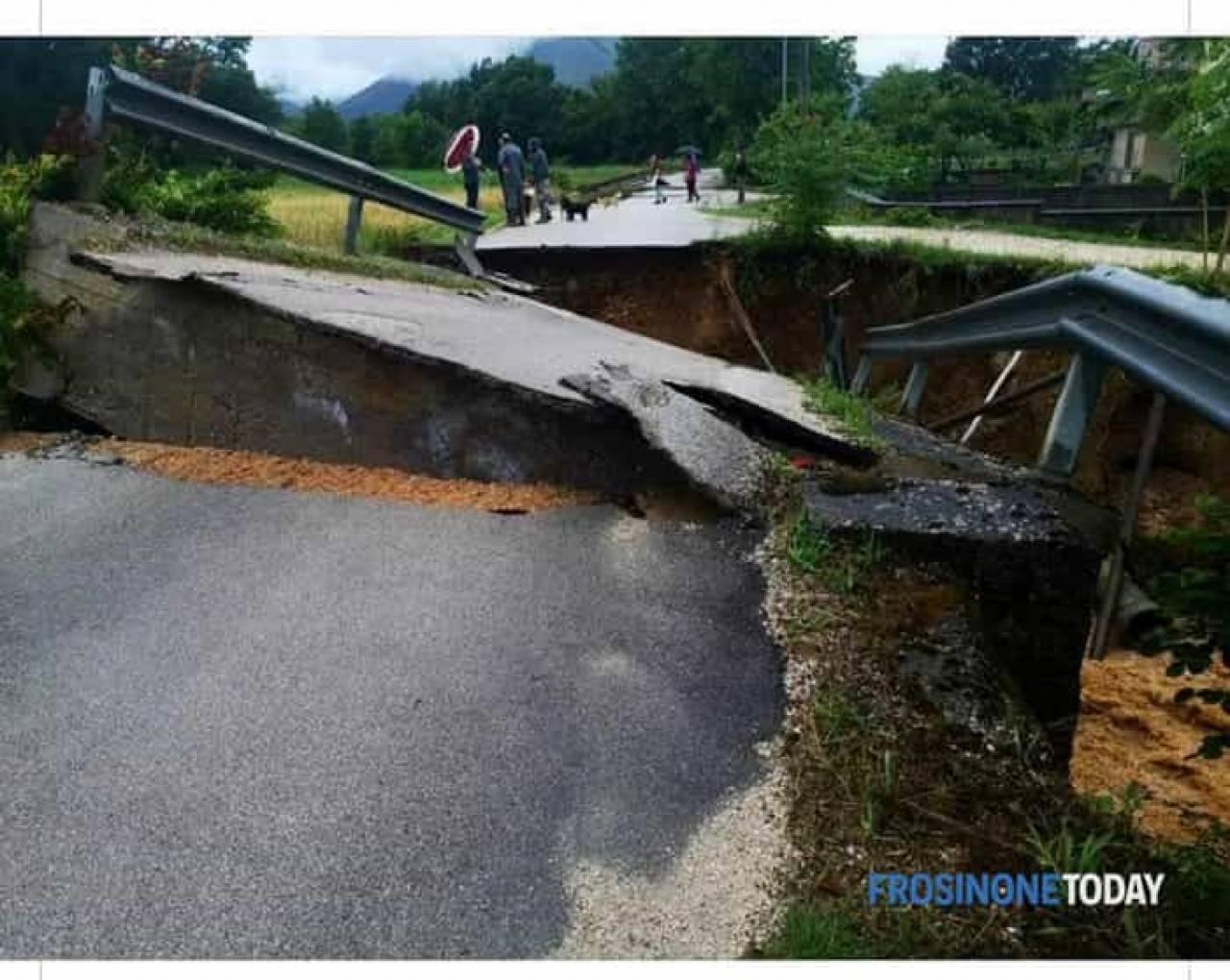Ponte crollato nel cassinate. Fonte FROSINONETODAY