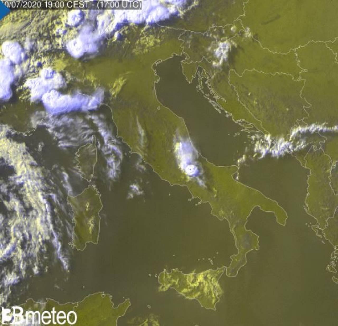 Primi temporali sulle Alpi