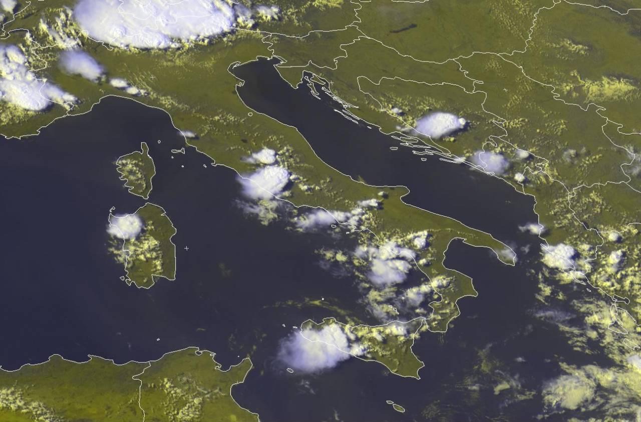 Temporali di calore visti dal satellite. Fonte: eumetsat.org